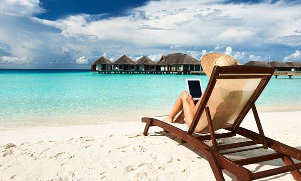Mobil spielen mit Smartphone und Tablet